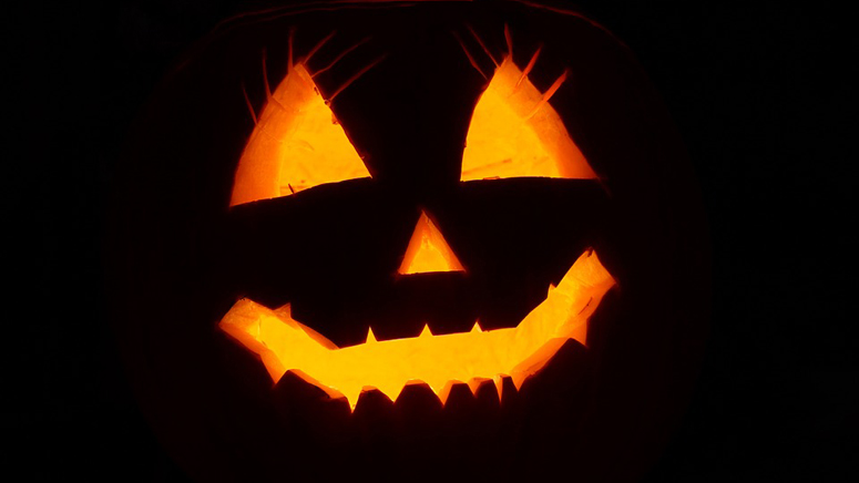 Lawrence Ma Halloween Treat Or Trick 2020 Halloween 2019: Trick or treating times in Massachusetts and New