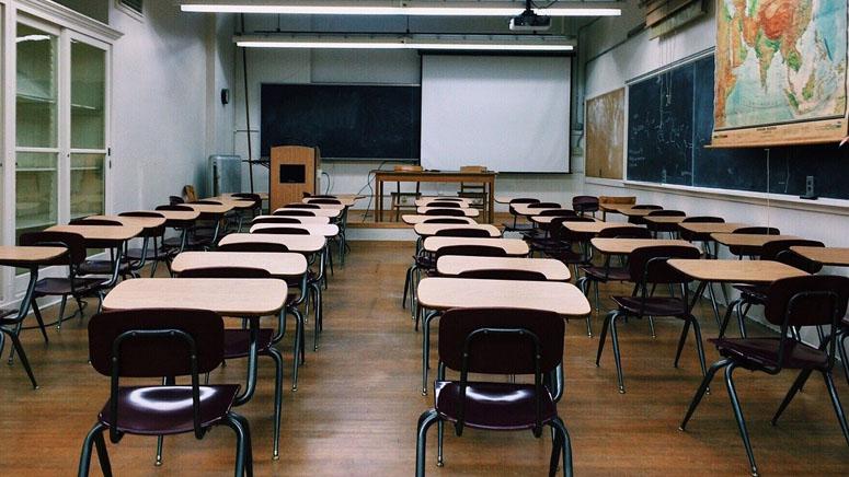 Teachers union in RI sues school district over virus concerns