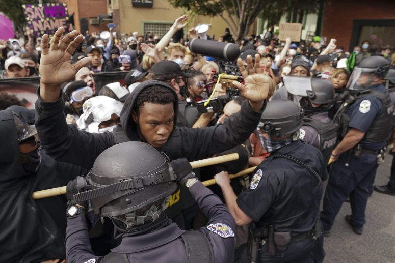 In Despair Protesters Take To Streets For Breonna Taylor Boston News Weather Sports Whdh 7news