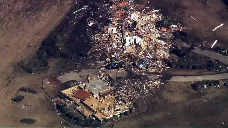 3 dead, 10 injured as North Carolina tornado levels homes ...