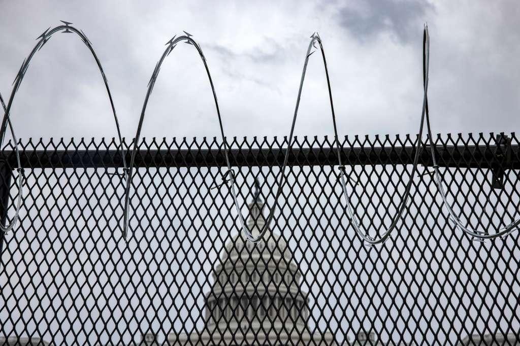 Capitol razor wire