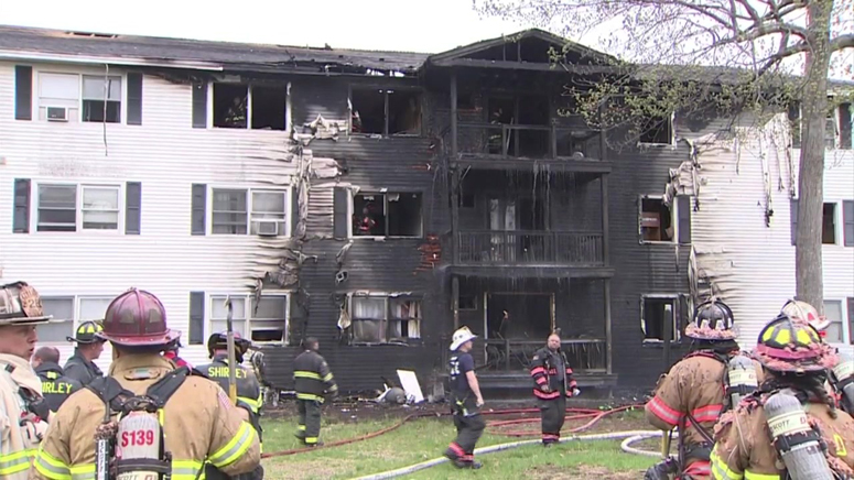 Firefighters rescue 2 people trapped on balcony of Leominster building that ignited in flame